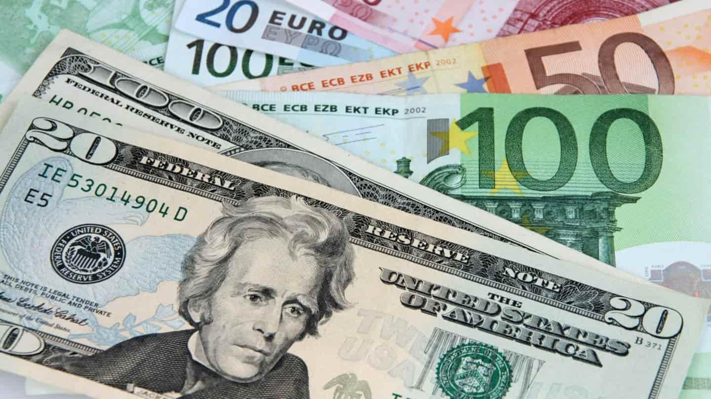 eurų dolerio prekybos strategija geriausios investicijos kriptokorekcij 2021